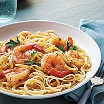 Linguine with Shrimp Scampi image