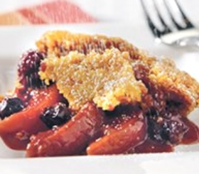 Slow Cooker Peach & Berry Cobbler image